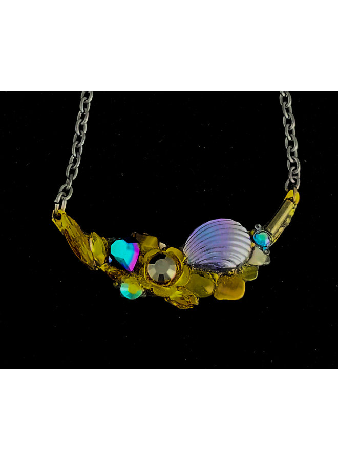 Necklace with Irridescent Shell 221