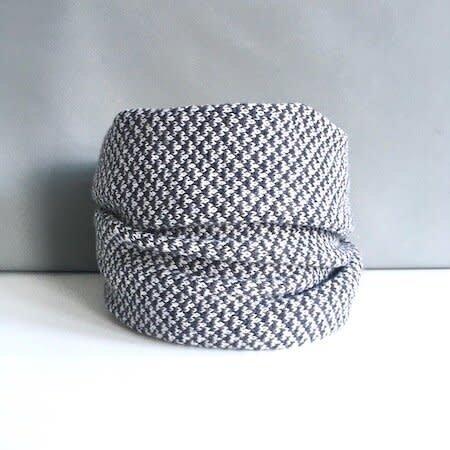 Olive Pearson Designs Merino Lambs Wool HarrisCowl Metalic Grey 008