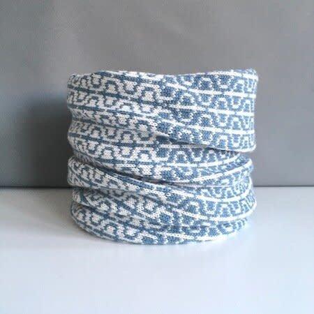Olive Pearson Designs Merino Lamswol PHI Cowl Petrol & White 003