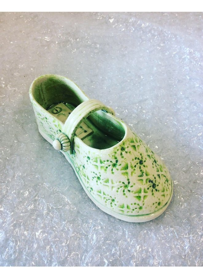 Schuh mit Riemen Grün 11