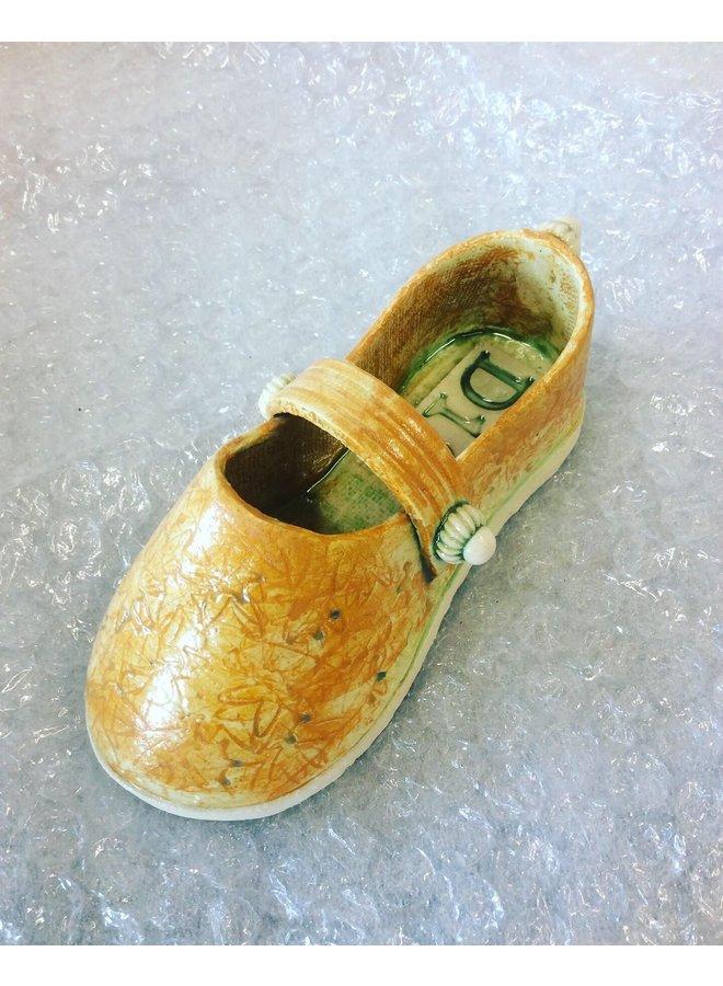 Schuh mit Riemen orange 13