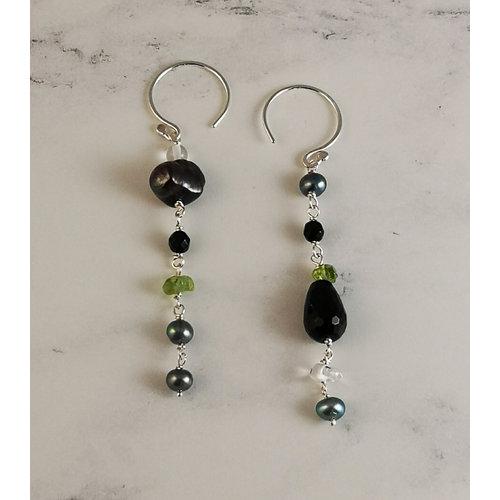 Katherine Bree Duet Vert-Noir semi-precious earrings 47