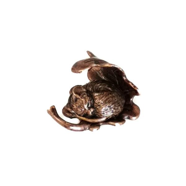Sleeping Mouse on Leaf Minature Bronze 77