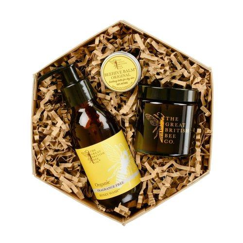The Great British Bee Co. Set de regalo sin fragancia Bálsamo, lavado y vela de cera de abejas