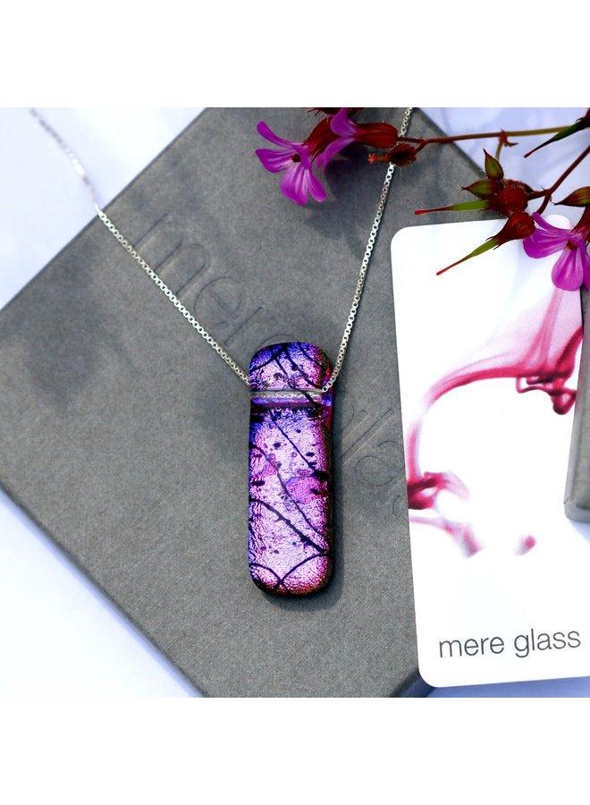 Pink & Purple Dichroic Glass und Silver Lilabet Anhänger 45