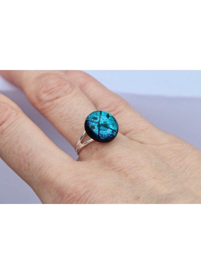 Verstellbarer Ring aus eisblauem dichroitischem Glas und Silber 23