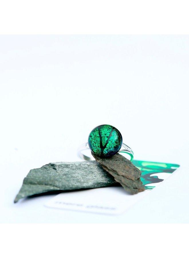 Bague ajustable en verre dichroïque émeraude et argent 24