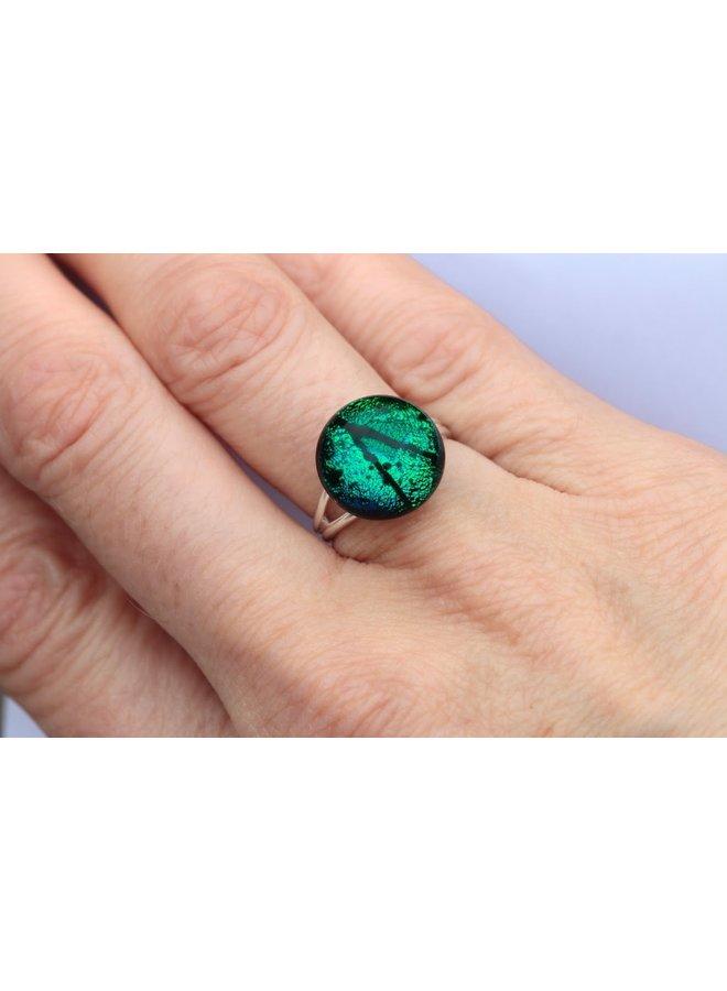 Verstellbarer Ring aus smaragdgrünem dichroitischem Glas und Silber 24
