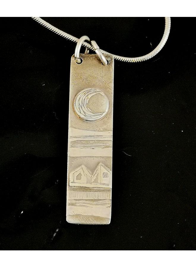Vollmond und Haus Silber geätzte Halskette 01