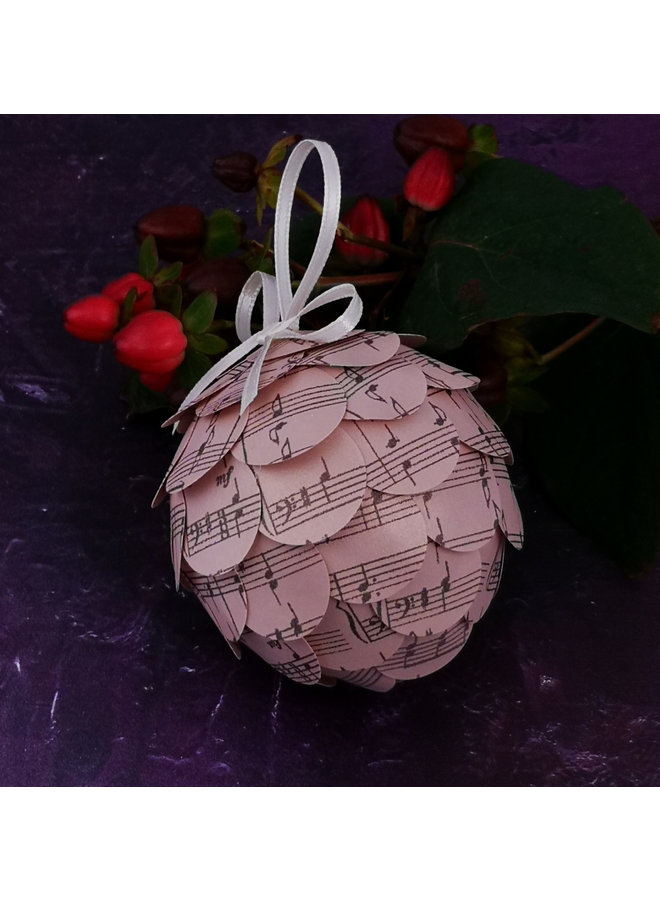 Musical pink paper bauble 39