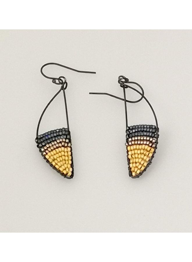 Geometrische Kurve Glasperlen & Ohrringe aus oxidiertem Silber 44