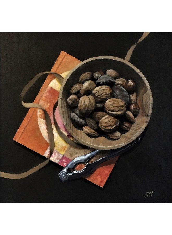 Schüssel Nüsse mit Goldband 04