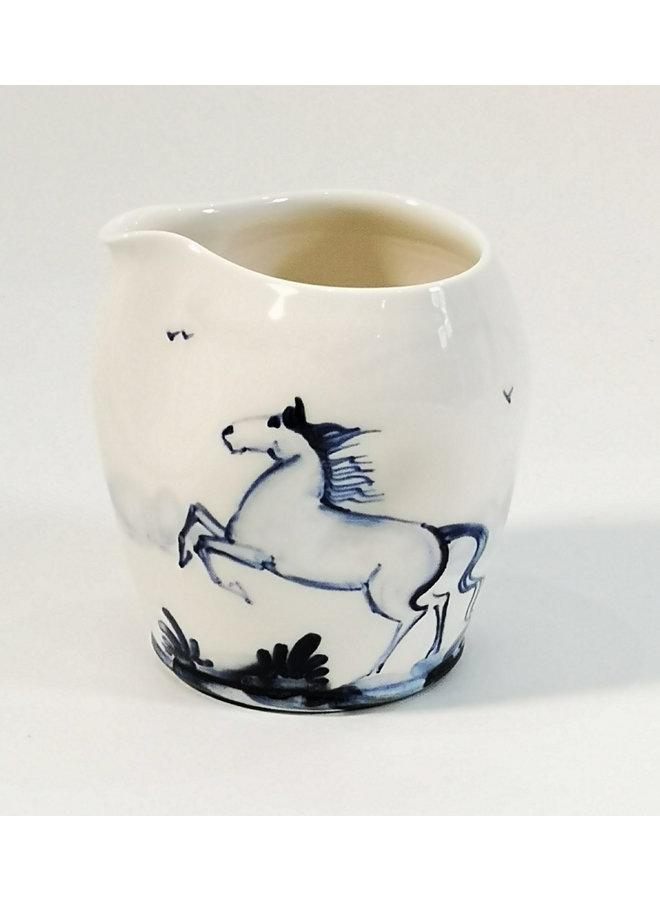 Horses Porzellan handbemalte Ausgießkanne 091