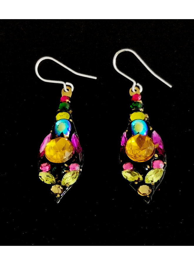 Mehrfarbige Ohrringe mit großen Tropfen 241