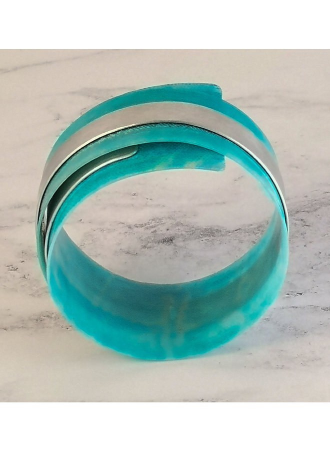 Türkis verstellbarer Armreif aus recyceltem Aluminium und Kunststoff96