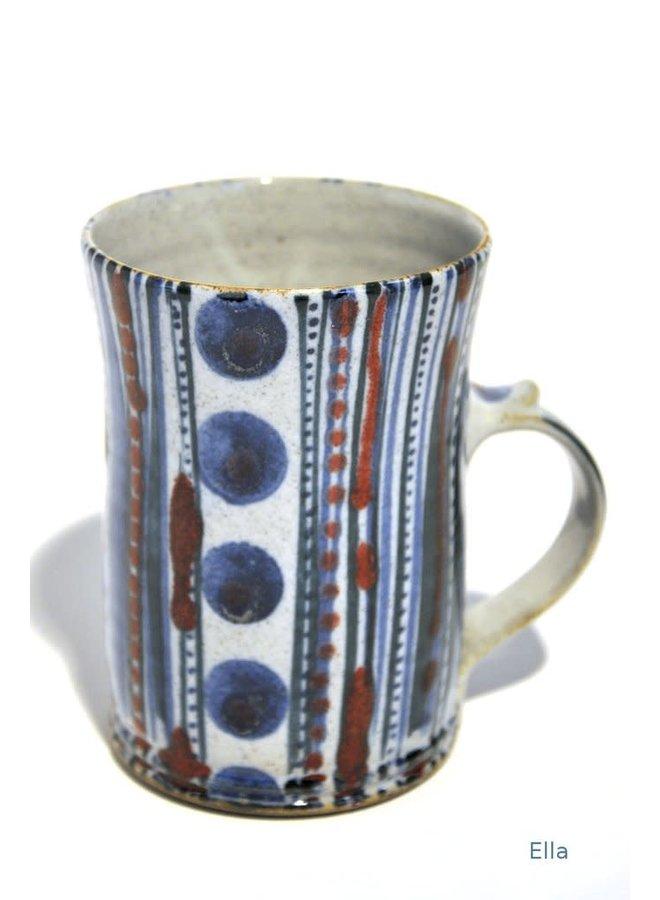 Ella große Tasse aus Steingut 04