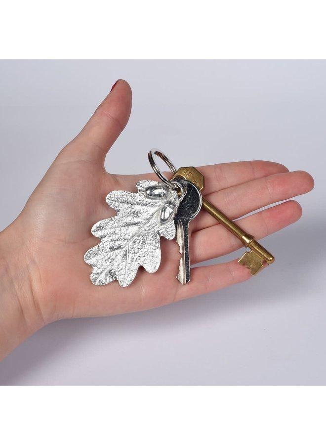 Schlüsselanhänger aus Eichenblatt und Eichel 57