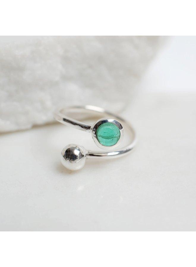 Verstellbarer Smaragd- und Silberring 85