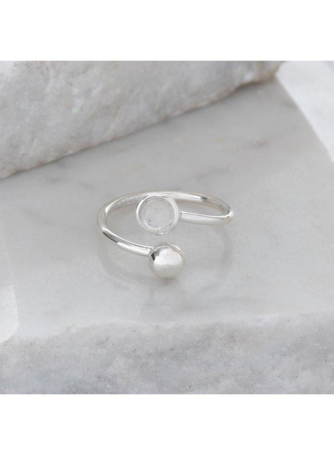 Verstellbarer Ring aus Mondstein und Silber 95