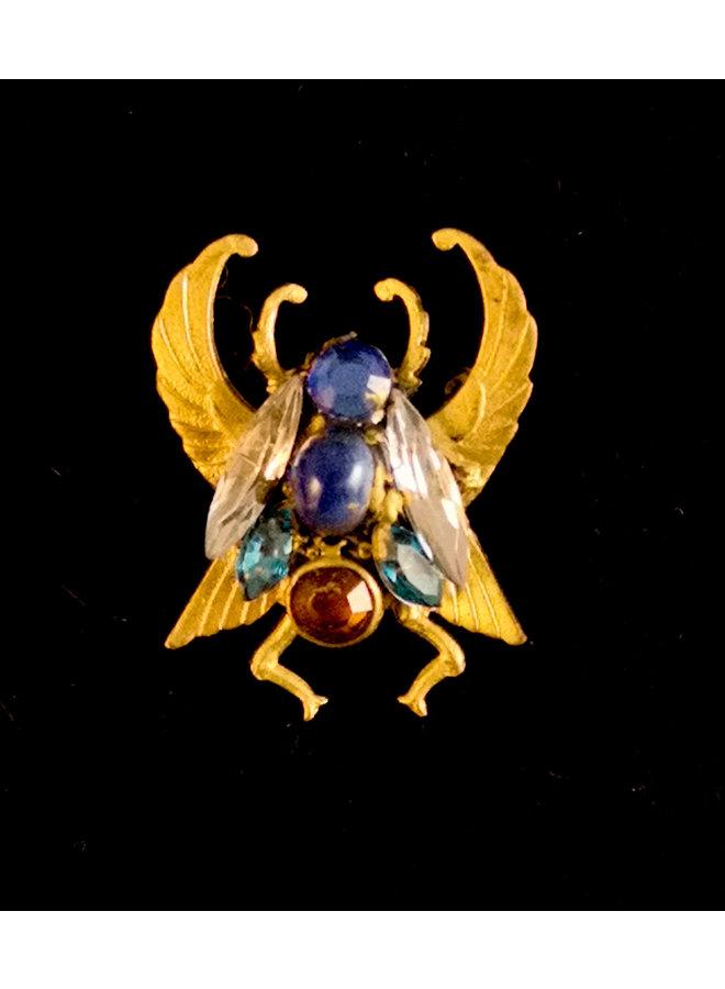 Skarabäus mit Blauaugenbrosche 275