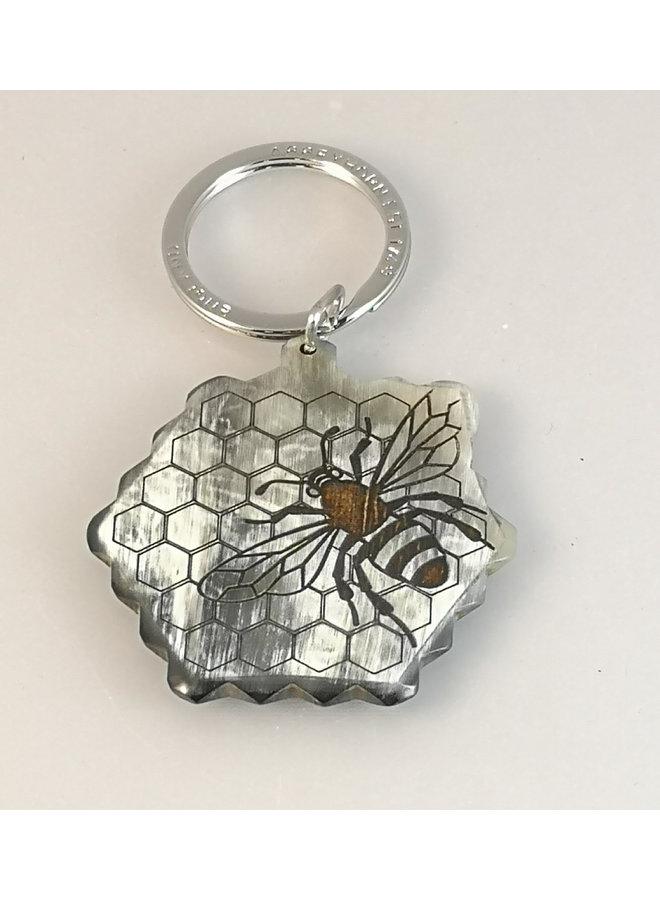 Bee on Honeycomb Schlüsselanhänger Oxhorn 82