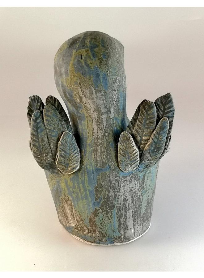 Caretaker Bird Holding a Sharing Bowl 13