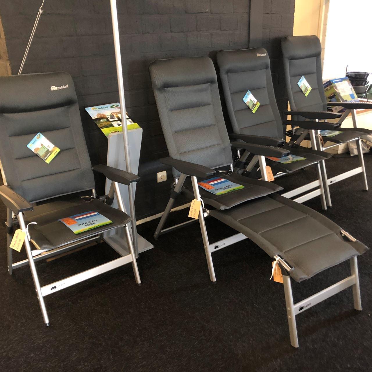 Buitenstoelen voor mensen met een langer-, korter-, breder- en gemiddeld postuur!
