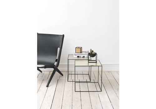 Bylassen Twin table 42 - black frame