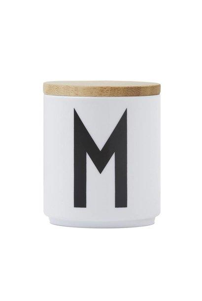 Lid for porcelain cup