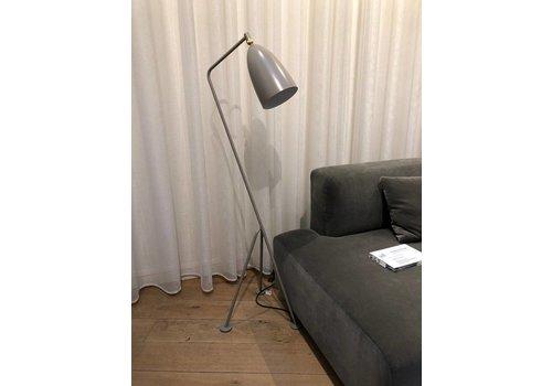 Gubi Gräshoppa Floor Lamp