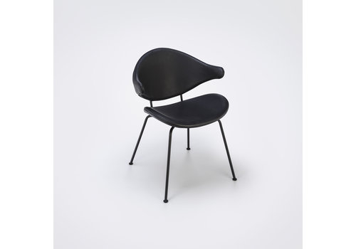 HOUE Acura dining chair