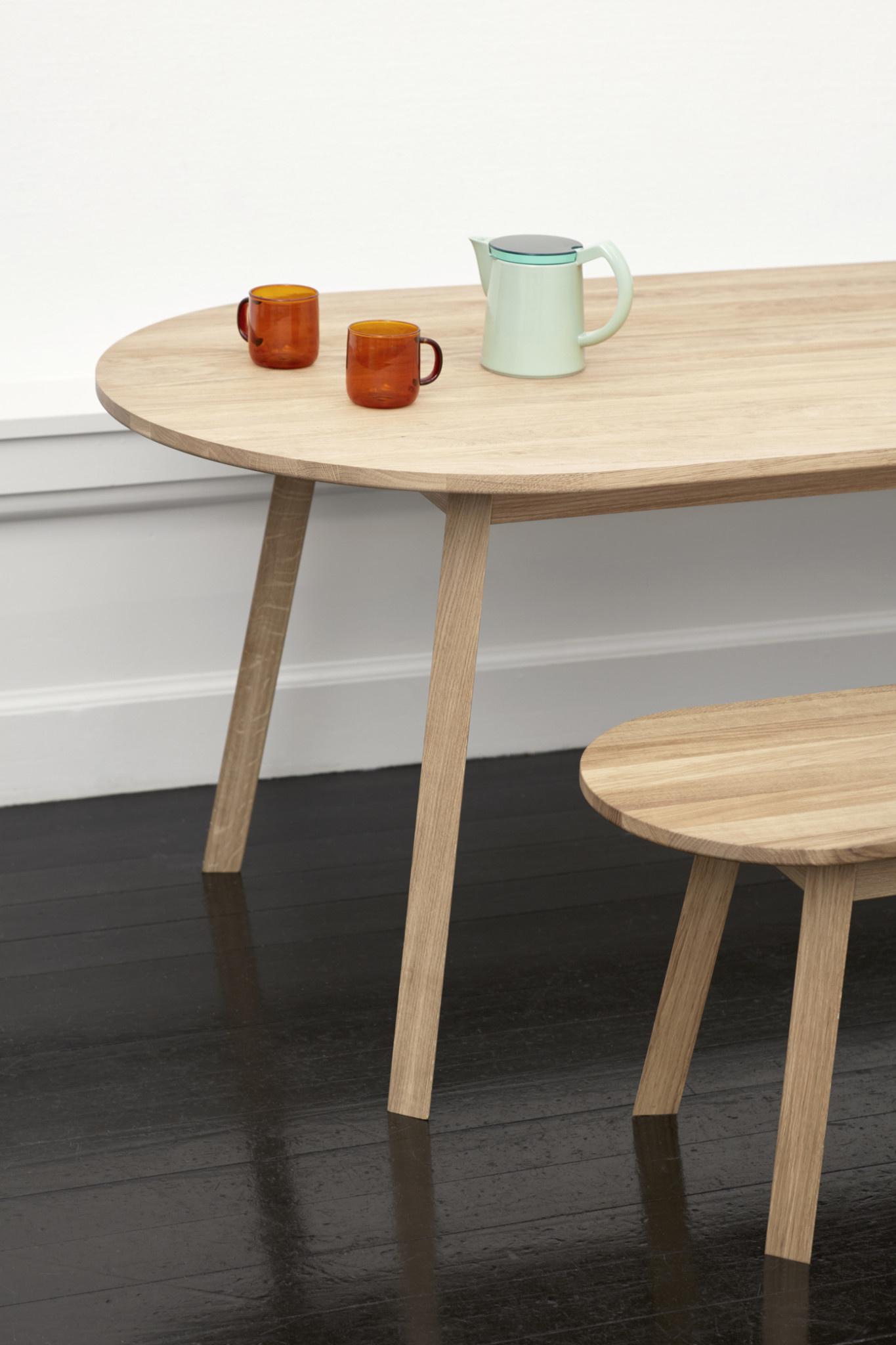 Triangle leg table-1