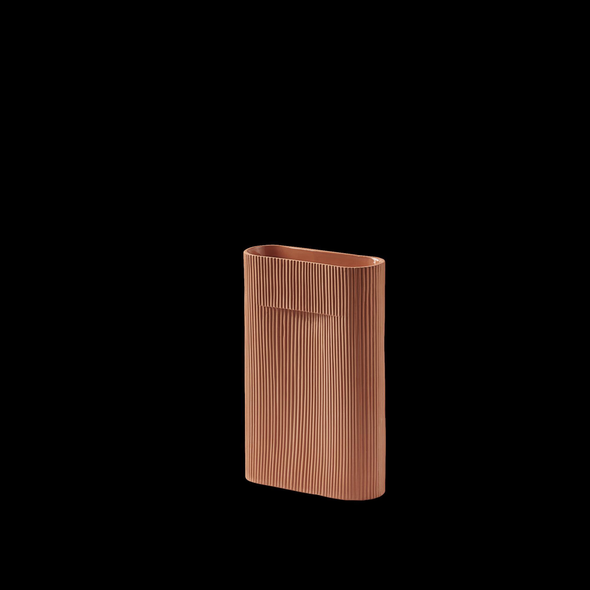 Ridge vase-1