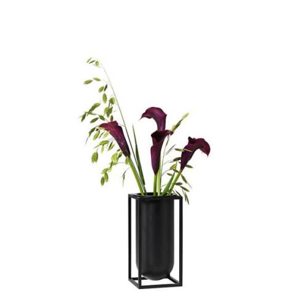 Kubus Vase Lily-1
