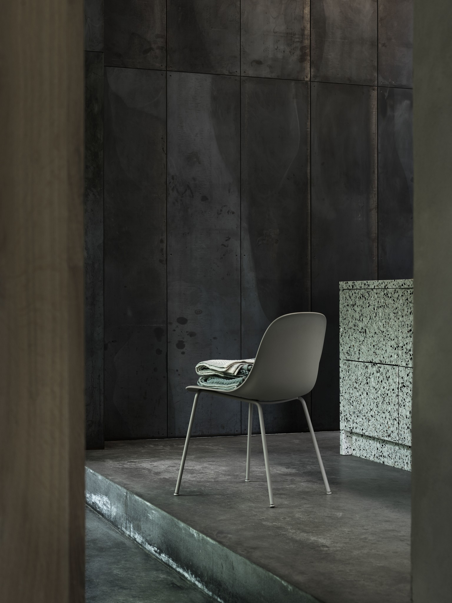 Fiber side chair tube base-2