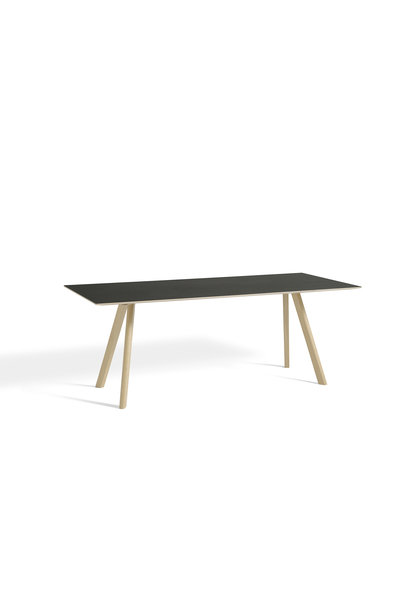 CPH 30 Table - Water-based lacquered solid oak