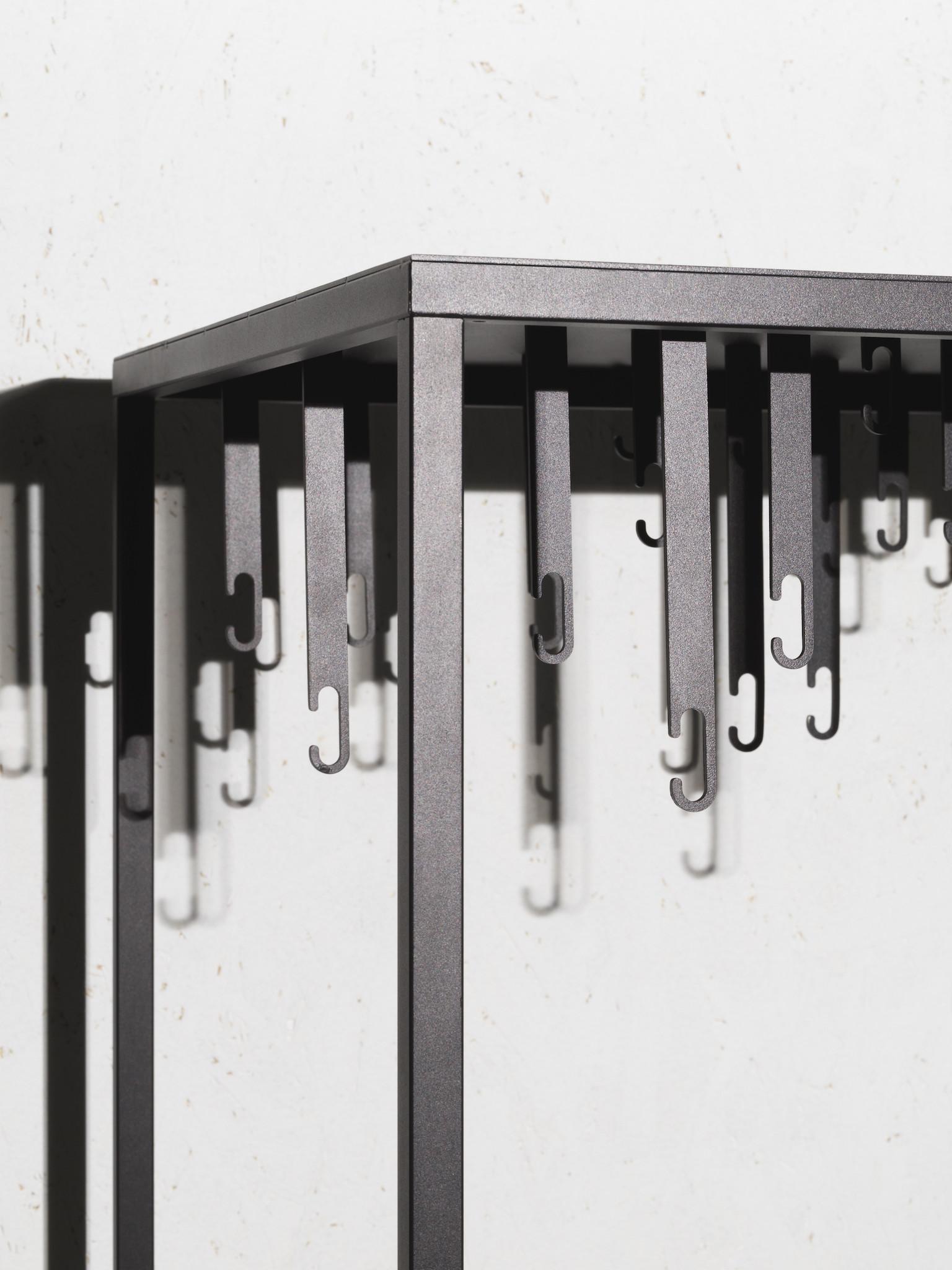 Atelier Floor Hanger-2