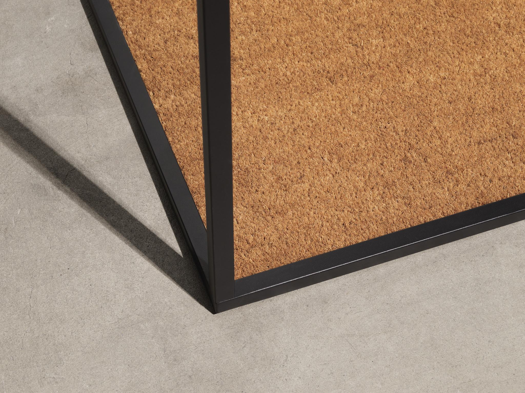 Atelier Floor Hanger-3