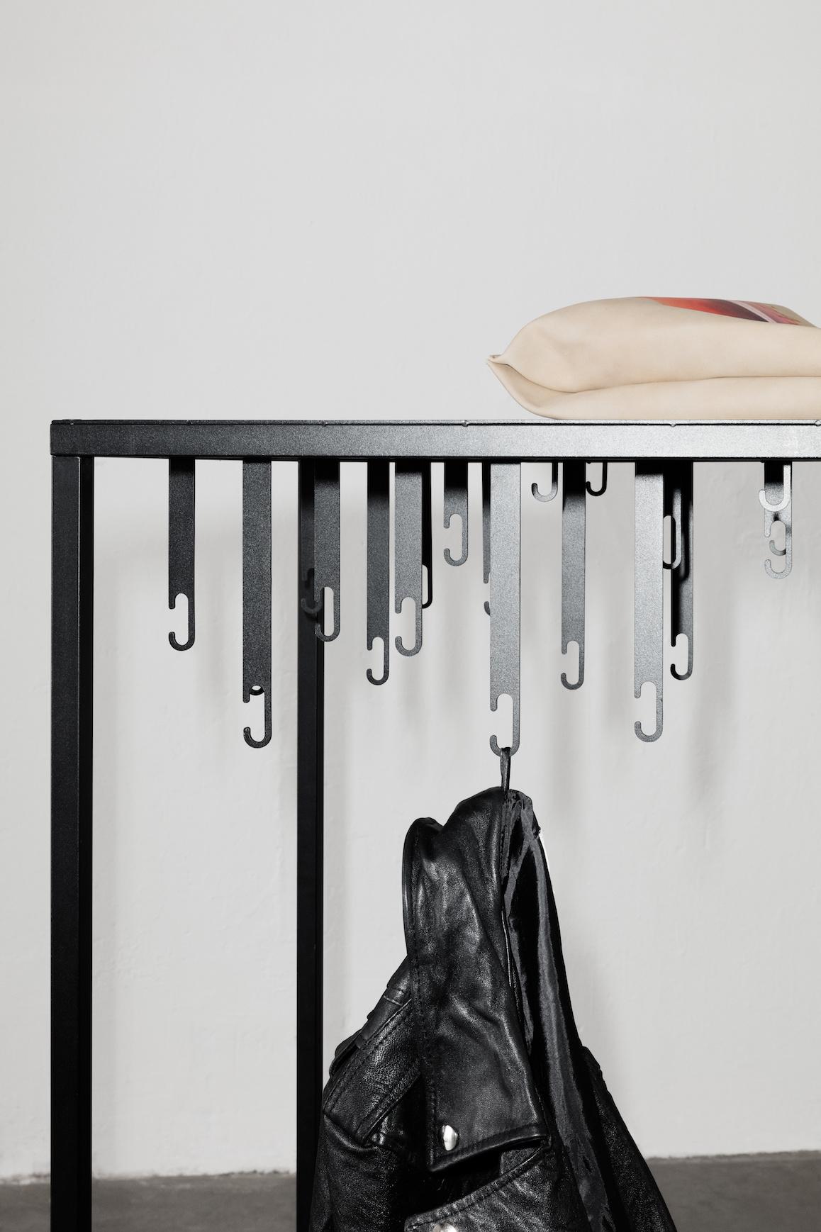 Atelier Floor Hanger-5