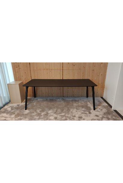 Gate Dining table Black legs / Black linoleum 208x95cm