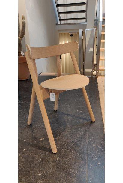 Oaki chair light oak Toonzaalmodel
