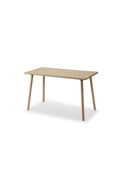 Georg desk