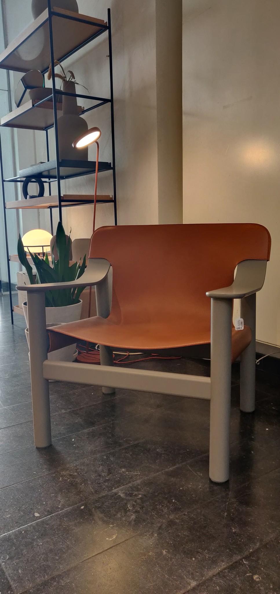Toonzaalmodel Bernard Beige grey solid beech - Brandy seat-2
