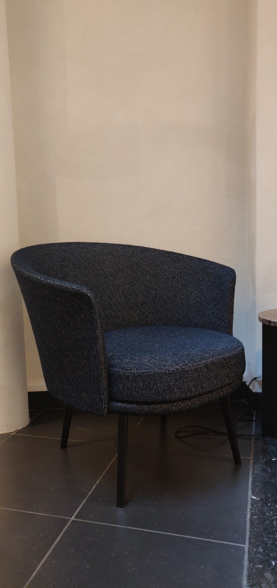 Toonzaalmodel Dorso BLACK POWDER COATED STEEL - FAIRWAY DARK BLUE 308-288-1