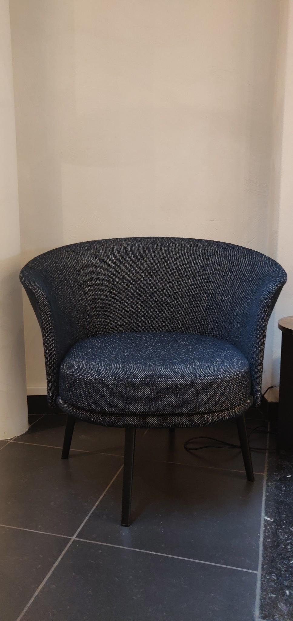 Toonzaalmodel Dorso BLACK POWDER COATED STEEL - FAIRWAY DARK BLUE 308-288-2