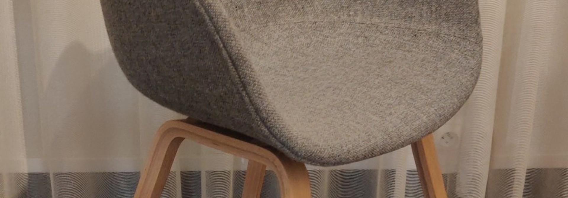 Toonzaalmodel AAC23 - Matt lacquered oak veneer  Hallingdal 130