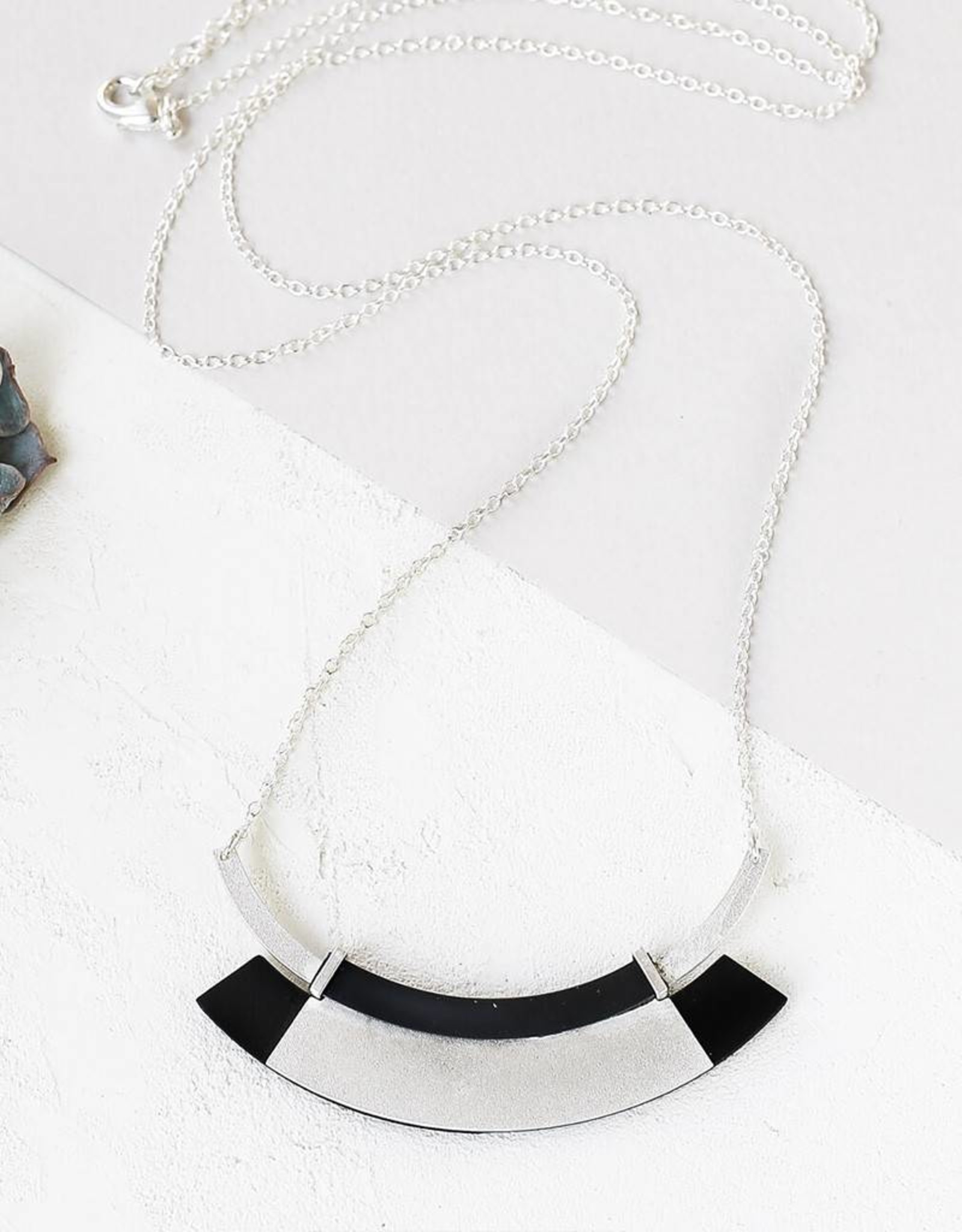 Shlomit Ofir Electric Necklace