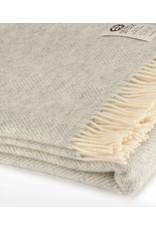 So Cosy Throw 100% virgin wool Herringbone Silver gray
