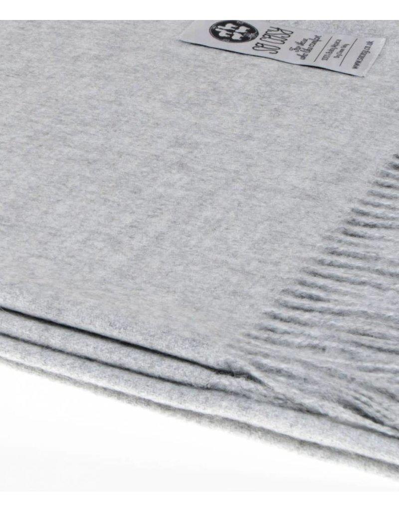So Cosy Plaid 100% Baby Alpaca wool Silver gray