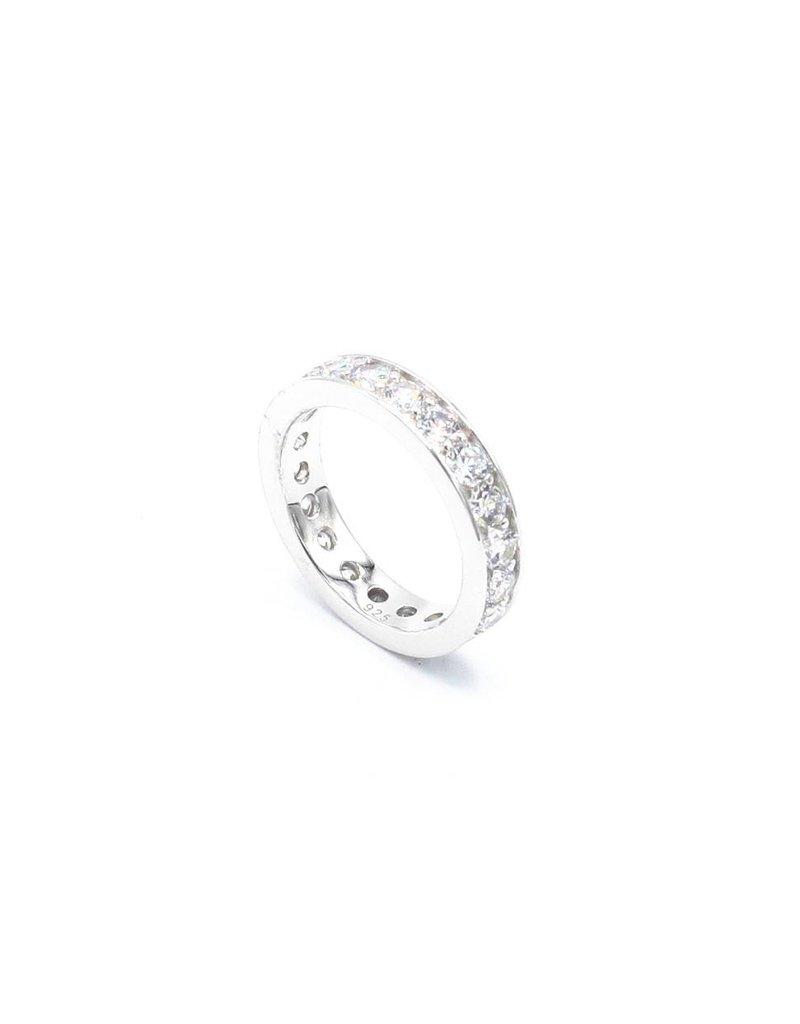 Zilveren ring met Zirkonia stenen
